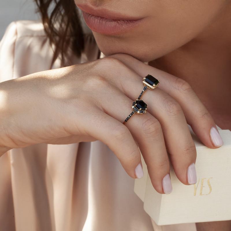 pierścionek-złoty-z-czarnymi-diamentami-i-onyksem-midnight