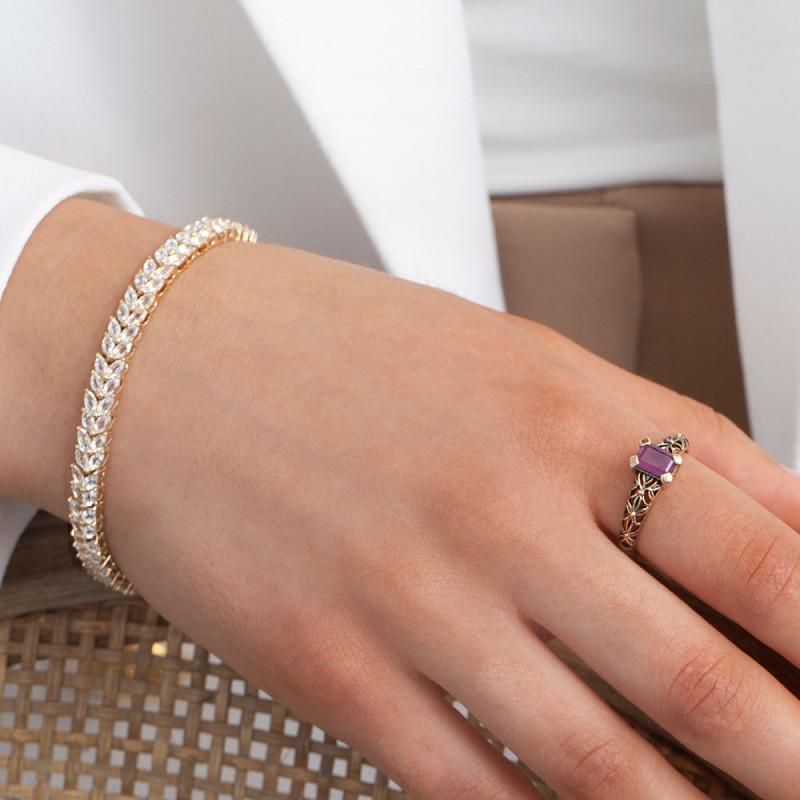 pierścionek-złoty-z-rubinem-kolekcja-wiktoriańska