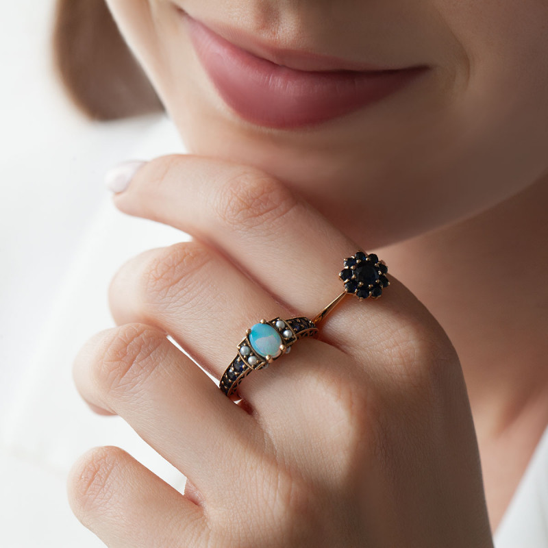pierścionek-złoty-z-szafirami-kolekcja-wiktoriańska-