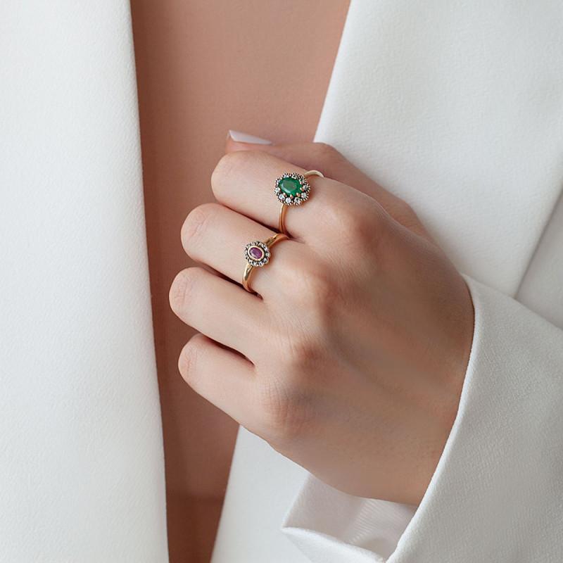 pierścionek-złoty-z-szmaragdem-i-szafirami-kolekcja-wiktoriańska