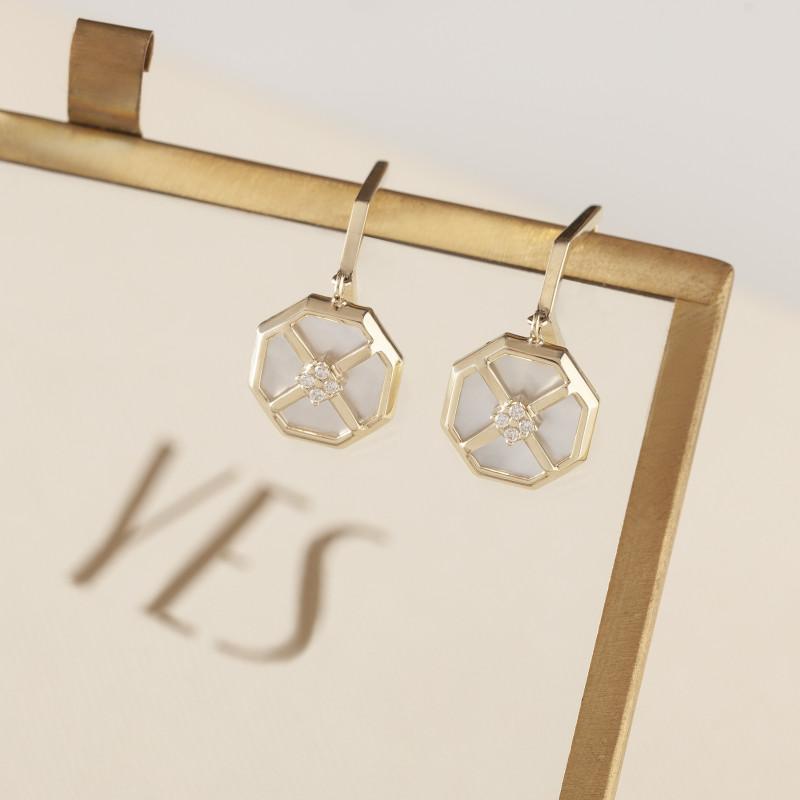 art-deco-kolczyki-złote-z-masą-perłową-i-cyrkoniami