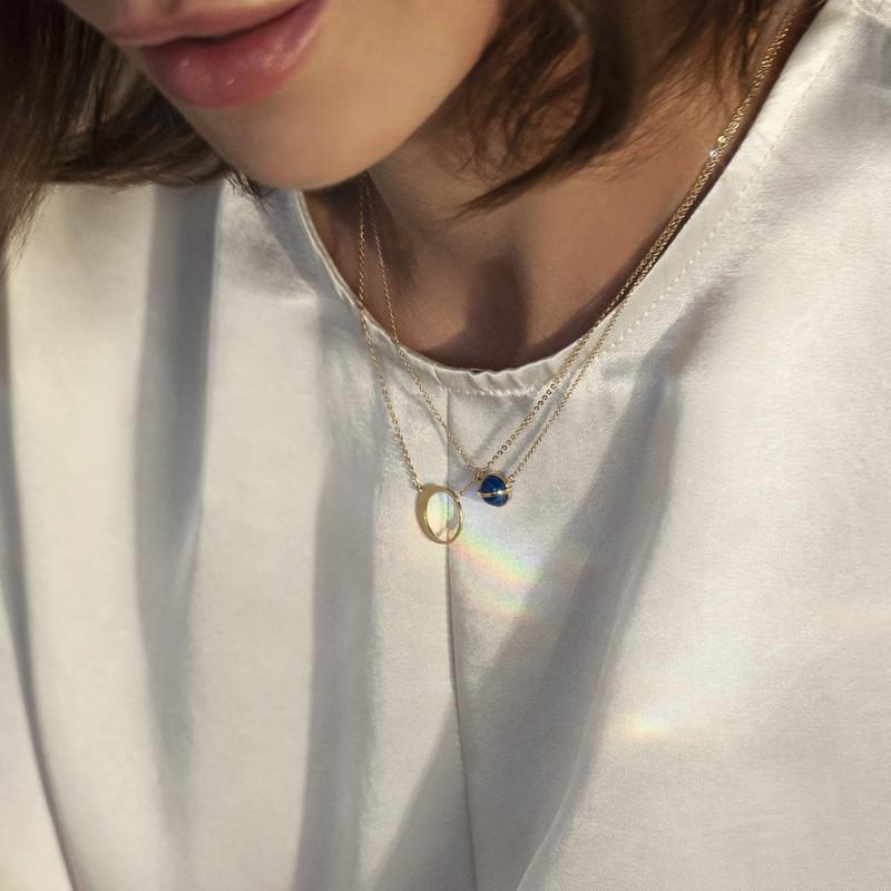 naszyjnik-złoty-z-niebieskim-agatem-skarabeusz