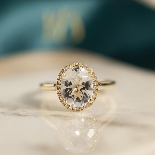 pierścionek-złoty-z-diamentami-i-topazem-jubilé-3