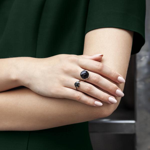 pierścionek-złoty-z-diamentami-i-onyksem-midnight--2