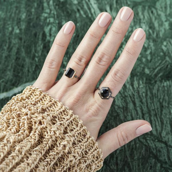 pierścionek-złoty-z-czarnymi-diamentami-i-onyksem-midnight-5