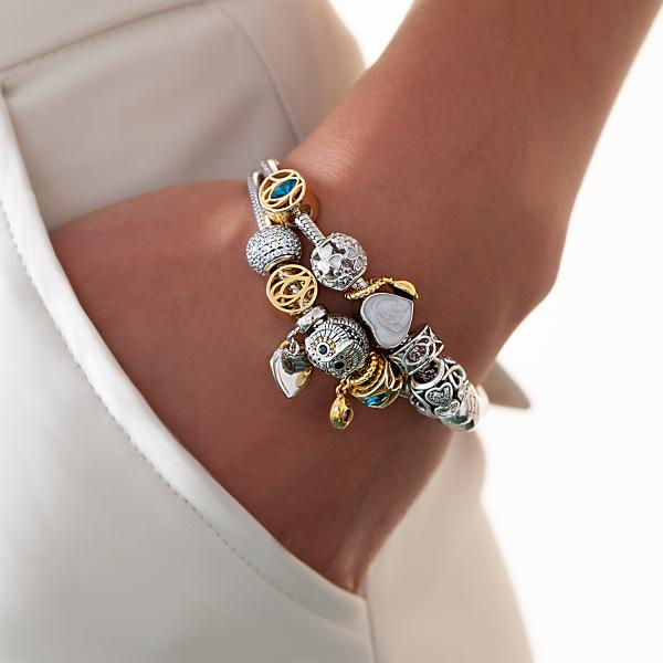 zawieszka-srebrna-z-masą-perłową-serce-dots-2