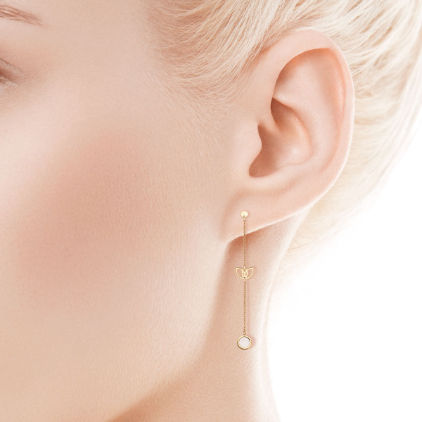Zdjęcie Magnolia - złote kolczyki z masą perłową #3