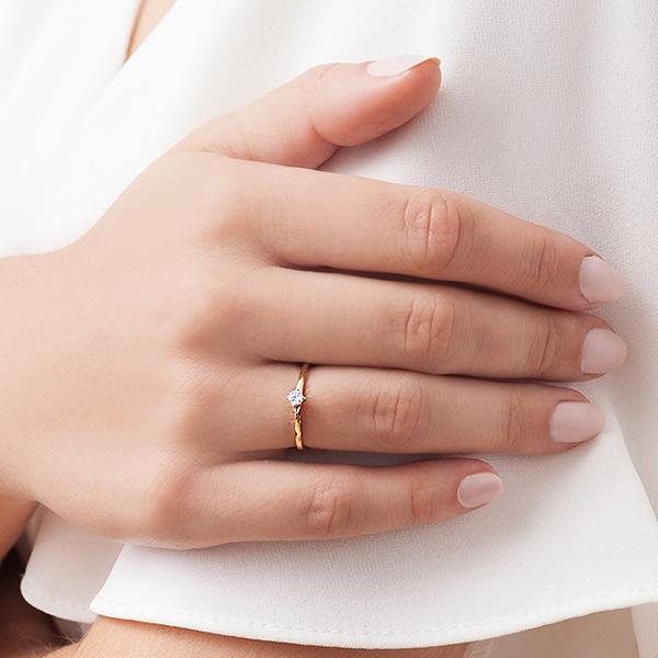kolekcja-lotos-pierscionek-zareczynowy-z-zoltego-zlota-z-diamentem-Diament-Idealny-YES